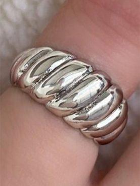 Gümüş Renk Metal Ayarlanabilir Yüzük